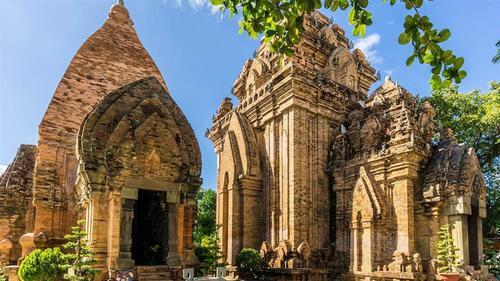 Du lịch Nha Trang - Tháp Bà Ponagar